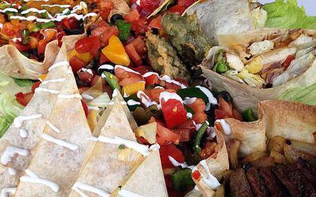 XXL MAXI plato plné mexických specialit v restauraci U Kroužků