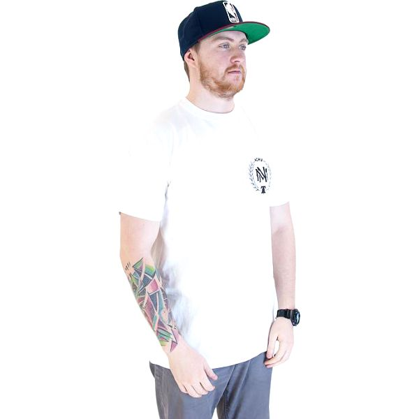 Triko Mitchell & Ness Bevellogo Traditional White/Black