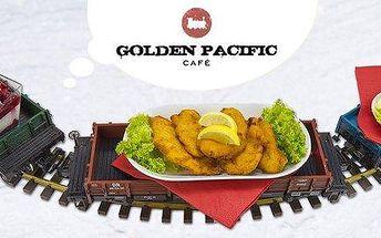 Tři chody dovezené vláčkem v Golden Pacific Café