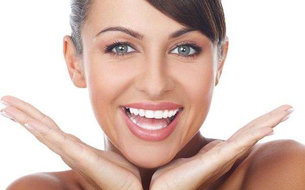 Bělení zubů včetně remineralizace zubní skloviny ve studiu The One Wellness v Praze