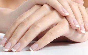 Pečujte o své nehty, profesionální manikúra s gel lakem na ruce nebo nohy!