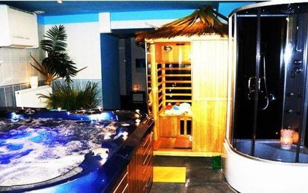 ·Pronajem vířivky s infra saunou pro 2 osoby