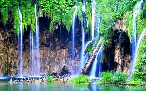 3denní zájezd do Chorvatska k Plitvickým jezerům a do Záhřebu pro 1 osobu2