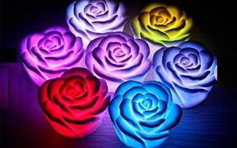 Romantická LED lampa ve tvaru růže - 7 druhů světla