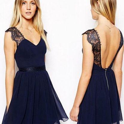 Šifonové šaty s krajkovými rukávy!