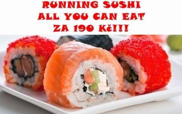 Running sushi za skvělou !!! Na výběr čaj nebo káv