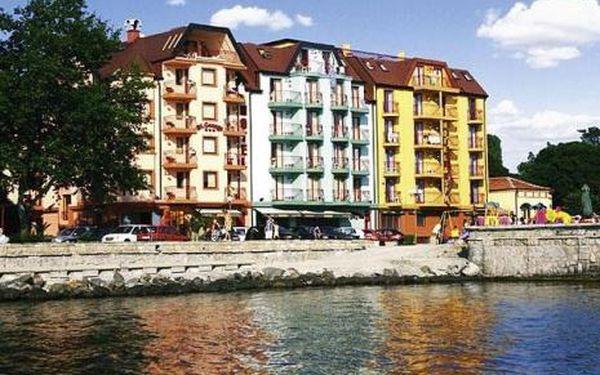 Bulharsko, oblast Pomorie, doprava letecky, snídaně, ubytování v 3* hotelu na 8 dní