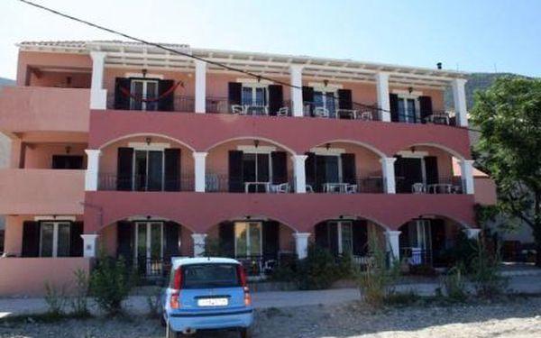 Řecko, oblast Lefkada, doprava letecky, bez stravy, ubytování v 3* hotelu na 8 dní
