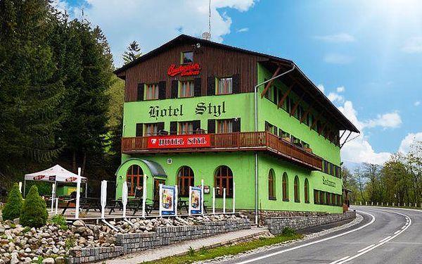 Až 6denní pobyt pro 2 osoby s polopenzí v hotelu Styl v Krkonoších