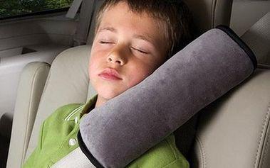 Cestovní polštářek na bezpečnostní pás