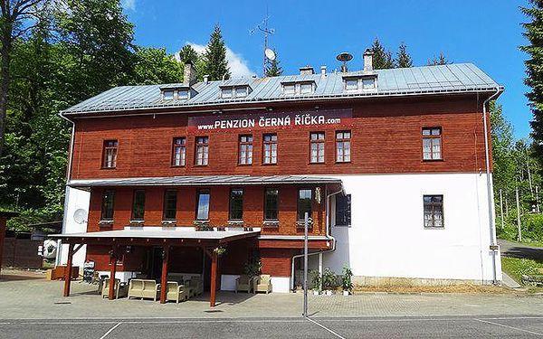 3denní pobyt v pensionu Černá Říčka v Jizerkách pro 2 osoby s polopenzí a vířivkou