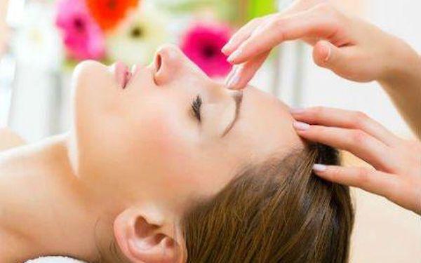 Léčebná liftingová masáž obličeje, krku i dekolutu