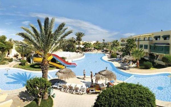 Tunisko - Last minute: Hotel Ksar-Djerba na 8 dní All inclusive v termínu 10.10.2015 jen za 9590 Kč.