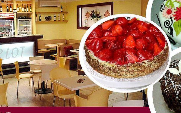 Poctivý dort Jahodovo - pudinkový, Marcipánový nebo Pařížský z oblíbené pražské cukrárny Merlot!