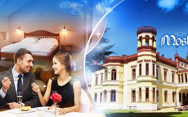 Romantický pobyt v Hotelu Zámek MOSTOV - 3 dny pro DVA vč. POLOPENZE, večeře při svíčkách a WELLNESS!