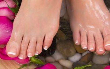 Pečujte o své nohy! Profesionální mokrá pedikúra na 60 minut!