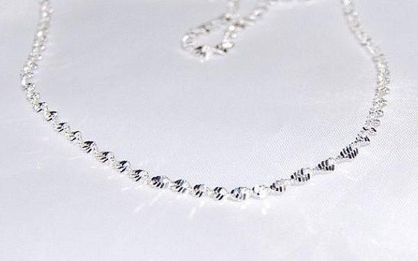 Elegantní malý točitý náhrdelník potažený kvalitním stříbrem - délka řetízku je 50 cm, průměr řetízku je 2 mm!