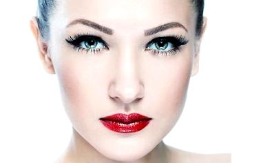 Permanentní make-up s parádní slevou 78 %
