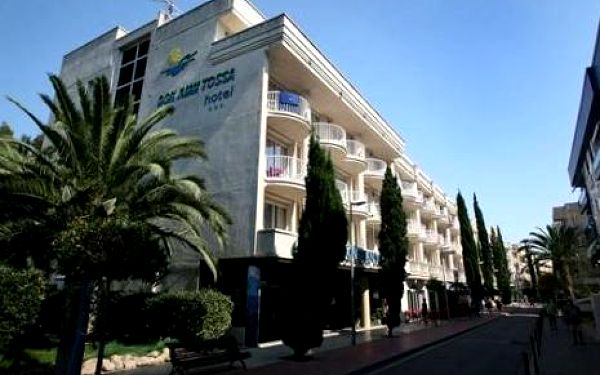 Španělsko, oblast Costa Brava, doprava letecky, polopenze, ubytování v 3* hotelu na 7 dní