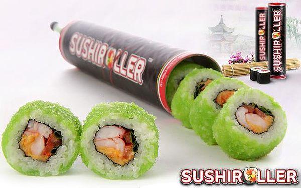 Parádní nabídka pro milovníky sushi! SUSHIROLLER: vychutnejte si nejoblíbenější druhy sushi za chůze, na cestách, v práci i doma! V patentovaném obalu máte 8 ks skvělého sushi, sójovou omáčku i porci wasabi! Pobočky v Palladiu a na Harfě!!