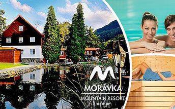 Barevný podzim v Beskydech v Morávka Mountain Resort na 3 dny pro dvě osoby ve wellness stylu!! Polopenze, volný vstup do vnitřního bazénu s mořskou solí, sauny, projížďka na čtyřkole apro děti dřevěný hrad!!
