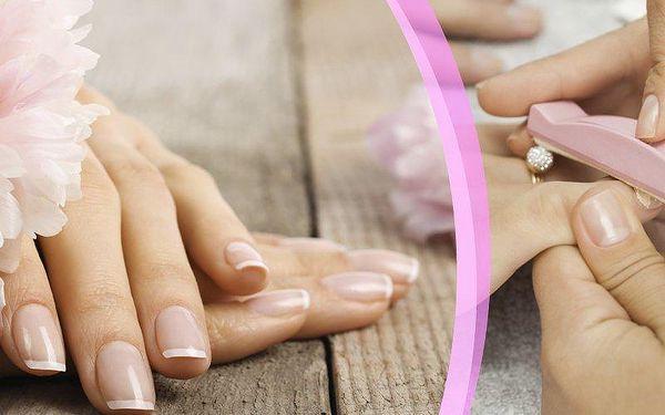 Japonská manikúra P-Shine v Salonu TX - vhodná pro muže i ženy! Mějte krásně upravené ruce!