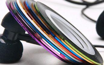 10 barevných pásek na zdobení nehtů