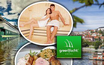 Relax v sauně na 90 minut a 3 chodová večeře v **** Hotelu Green Yacht.