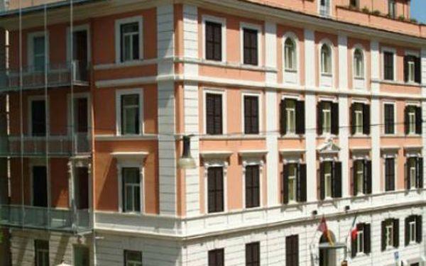 Itálie, oblast Řím, doprava letecky, snídaně, ubytování v 3* hotelu na 3 dny