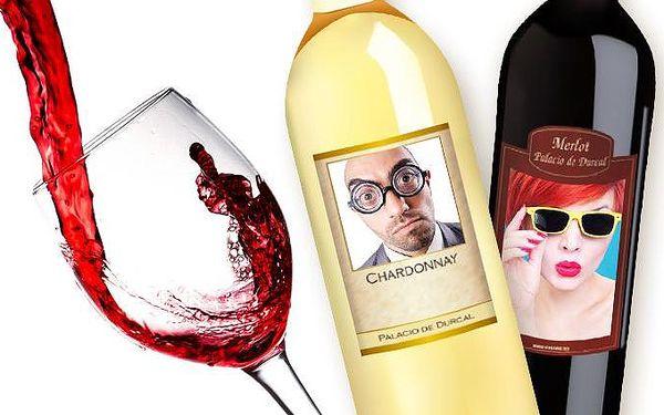 Originální láhev bílého či červeného vína s vlastní fotografií a textem