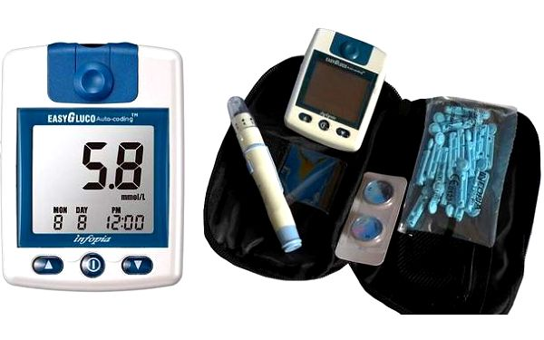 Glukometr EasyGluco s 25 testovacími proužky