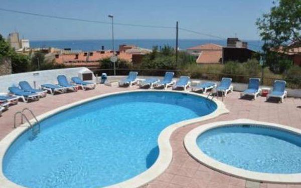 Španělsko, oblast Costa Brava, doprava letecky, bez stravy, ubytování v 2* hotelu na 8 dní