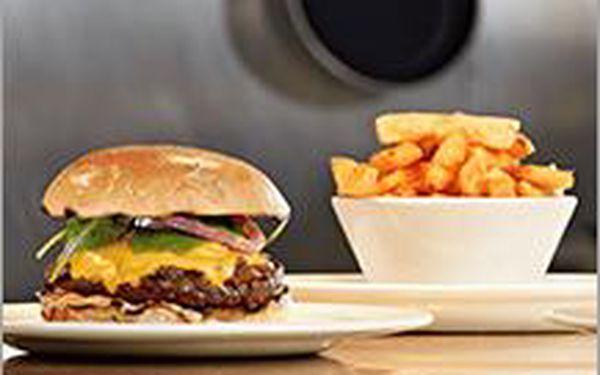 Skvělý Burger a hranolky