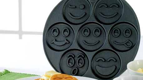 Lívanečník na 7 lívanců Nordic Ware Emoticons