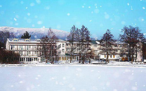 Až 6 dní s wellness a polopenzí pro 2 u Karlových Varů v hotelu Riviera***