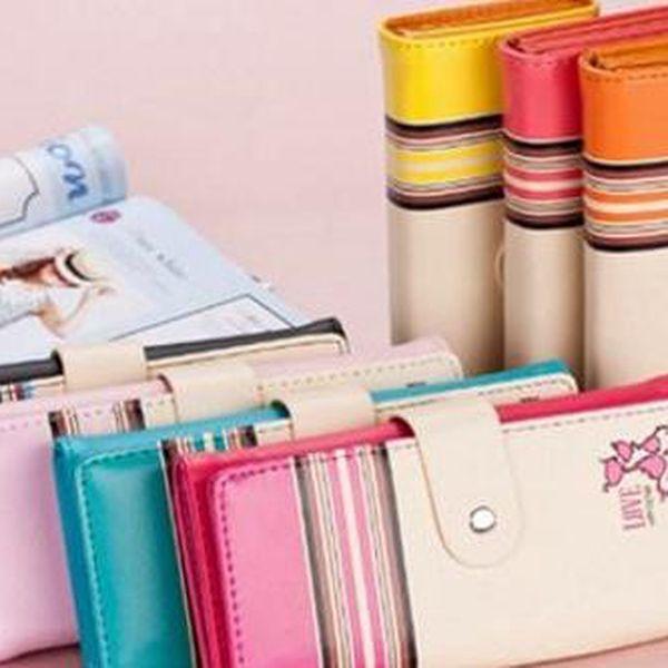 Štýlová a praktická dámska peňaženka v rôznych farbách.