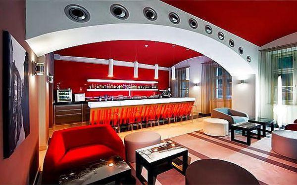 2 nebo 3 dny v Red & Blue Design Hotelu**** v Praze pro 2 osoby se snídaní