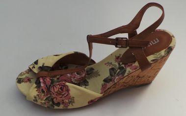Dámské sandálky na klínu Mixer, květinové