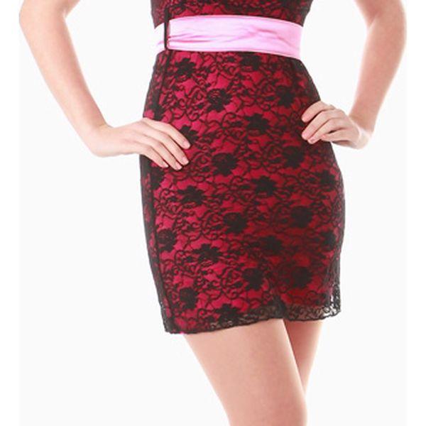 Dámské mini šaty s krajkou světle růžová