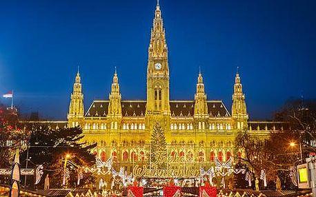 Celodenní výlet za vyhlášenými adventními trhy ve Vídni