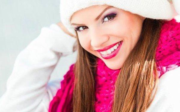 Bělení zubů - zářivý úsměv na zimu