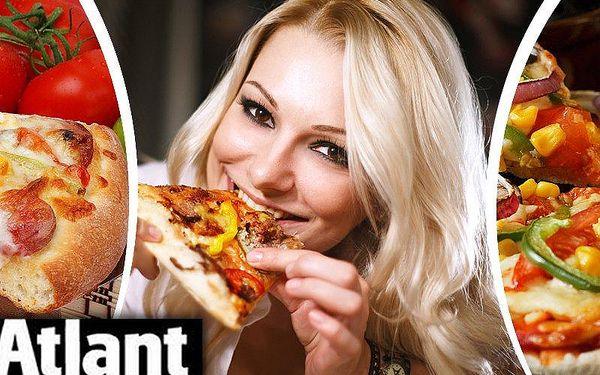 2x výborná pizza (32 cm) dle vlastního výběru v baru Atlant v Olomouci. Na výběr až z 25 druhů pizz.