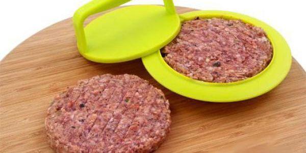 Forma na hamburgery - není nad pořádný domácí burger!
