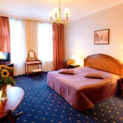3 nebo 5 dní pro 2 s polopenzí a procedurami v hotelu Ostende v Karlových Varech