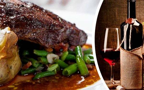 2x 300g Rib eye steak a 2x příloha. České maso Black Angus v bio kvalitě a sleva na láhev vína.