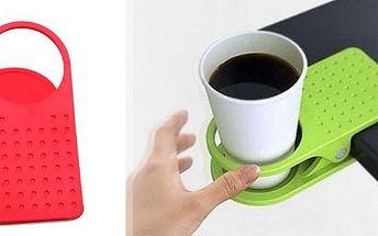 Praktický plastový držák nápoje. Když je Váš stůl příliš malý nebo pokud potřebujete více místa je tento držák ideálním řešením.