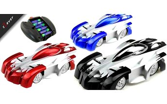Revoluční hračka, která dostane do kolen každého nadšence autíček.Toto RC autíčko se odváží tam kam žádné jiné auto. Jezdí po zdi! Pomocí IR ovladače provádí kaskadérské kousky a neuvěřitelné manévry popírající gravitaci.