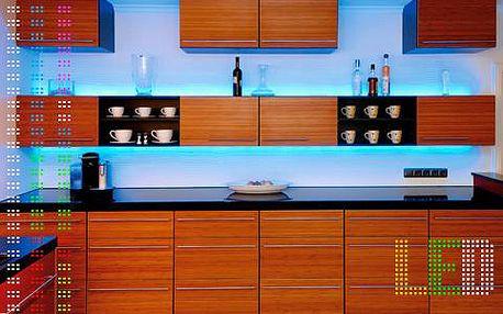 Moderní LED pásky s až 6 barevnými odstíny v délce 5 metrů