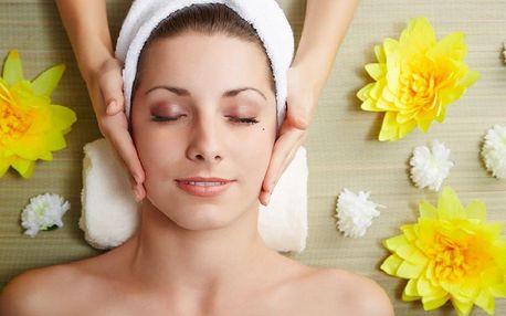 Profesionální kosmetická péče luxusní kosmetikou s vitaminem C