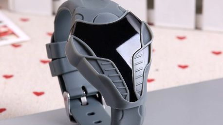 Digitální hodinky s futuristickým vzhledem - mnoho barev